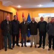 El Consejero de Medio Ambiente visita el Día de Mercado de la Cámara Agraria