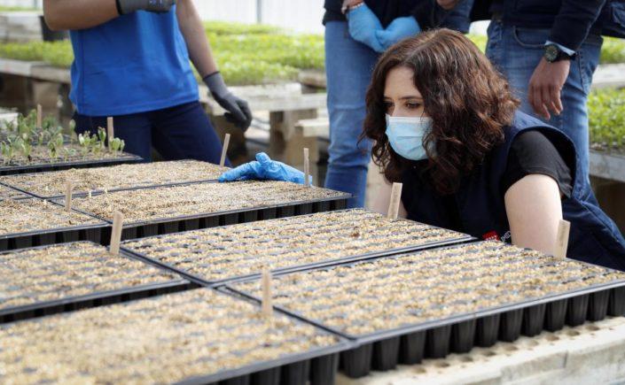 La Presidenta de la Comunidad de Madrid presenta un plan de ayudas a los agricultores y ganaderos por el COVID-19